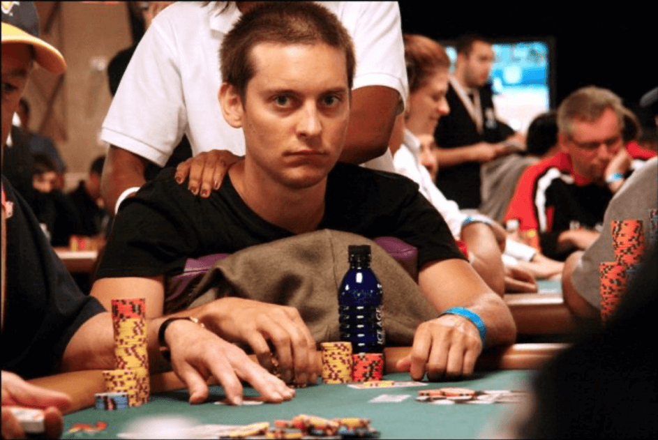 Celebrity in a casino - Tobby Maguire